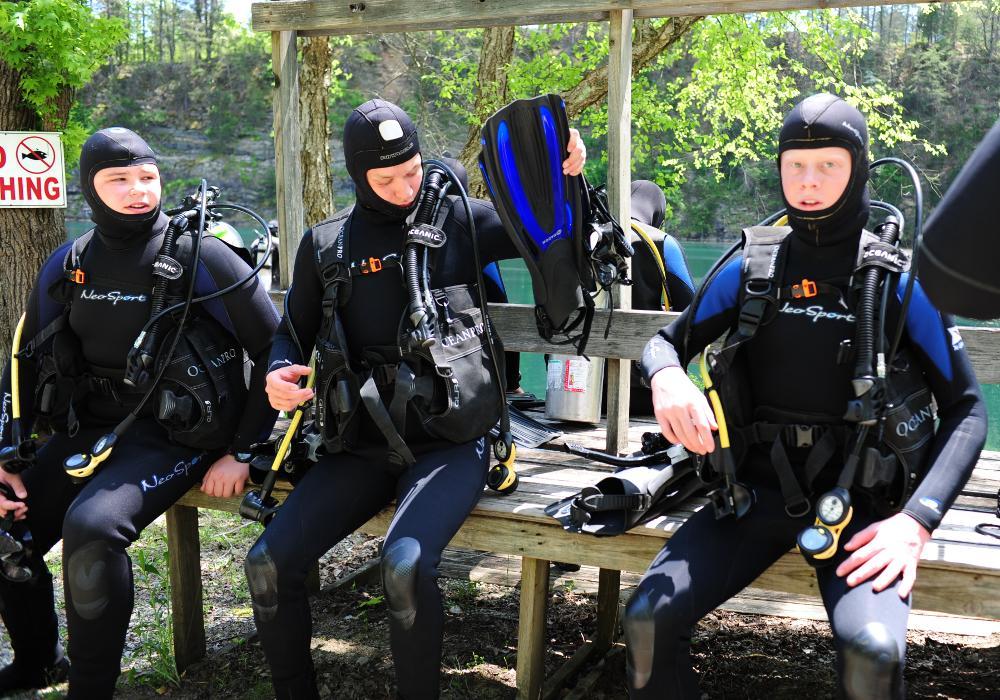Cadets in SCUBA gear