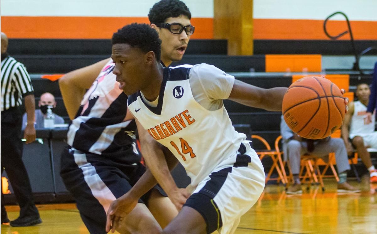 Hargrave player breaking past opponent